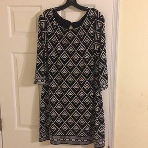 Black and white geometric print dress